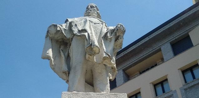 Statua di Giuseppe Garibaldi - Piazza Garibaldi